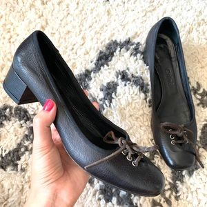 Vintage Chloé black leather lace up heels